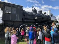 3rd Grade Visits the Stuhr Museum image
